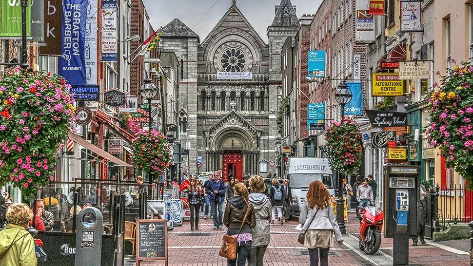 Grafton Street shopping in Dublin