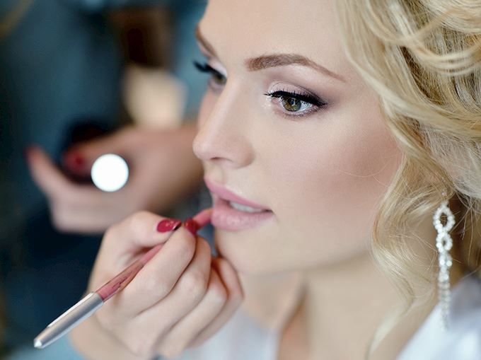 The Shelbourne Make Up at The Salon